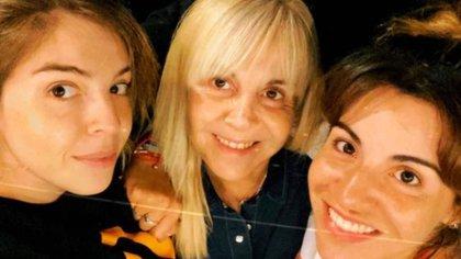Claudia Villafañe, Dalma y Gianinna Maradona están aisladas por contacto estrecho de coronavirus