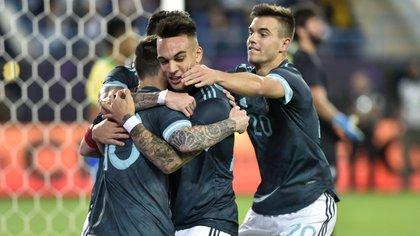 Argentina fue superior a Brasil y le ganó al equipo de Tite gracias a un gol de Lionel Messi, que volvió al seleccionado (AP Photo)