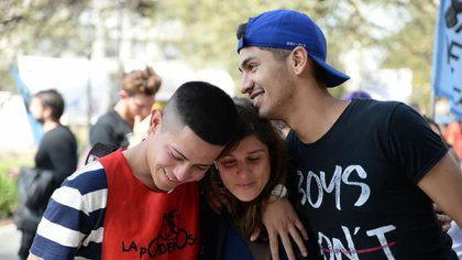 La alegría de Ivan Navarro y Ezequiel Villanueva Moya, tras el veredicto