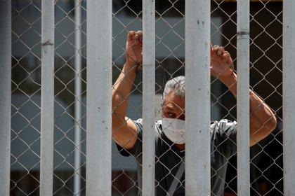 La capital y el vecino Estado de México tiene 80 casos confirmados y ocho defunciones. (Foto: EFE/ JOSE MENDEZ)