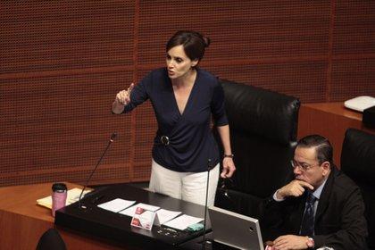 A lo largo del martes, Lilly Téllez se volvió tendencia luego de criticar la adquisición de la vacuna rusa Sputnik V (Foto: Cuartoscuro)