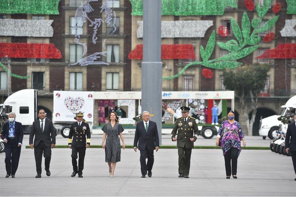 DESFILE MILITAR - AMLO - ANDRES MANUEL LOPEZ OBRADOR - MEXICO - 6092020
