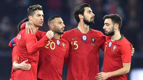 Resultado de imagen de Cristiano Ronaldo con su gol pone a Portugal cerca de los octavos de final