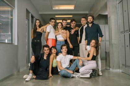 """Parte del elenco de la cuarta temporada de """"Elite"""" (Crédito: EFE / Foto cedida por Netflix)"""