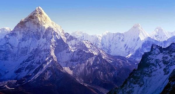 En el vuelo puedes ver cuatro de los seis picos más altos del mundo: Lhotse, Makalu, Cho Oyu y Everest (Remote Lands)