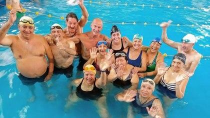 Nadar es uno de los ejercicios más completos con gran repercusión en la capacidad respiratoria y cardiovascular del cuerpo