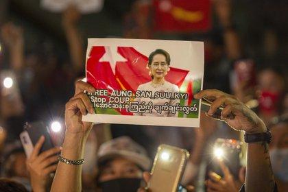 Protesta en Bangkok contra el golpe militar en Myanmar. ADRYEL TALAMANTES / ZUMA PRESS / CONTACTOPHOTO