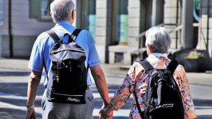 En el caso del IMSS, los pensionados reciben el cobro el primer día hábil de cada mes. (Foto: Pixabay)