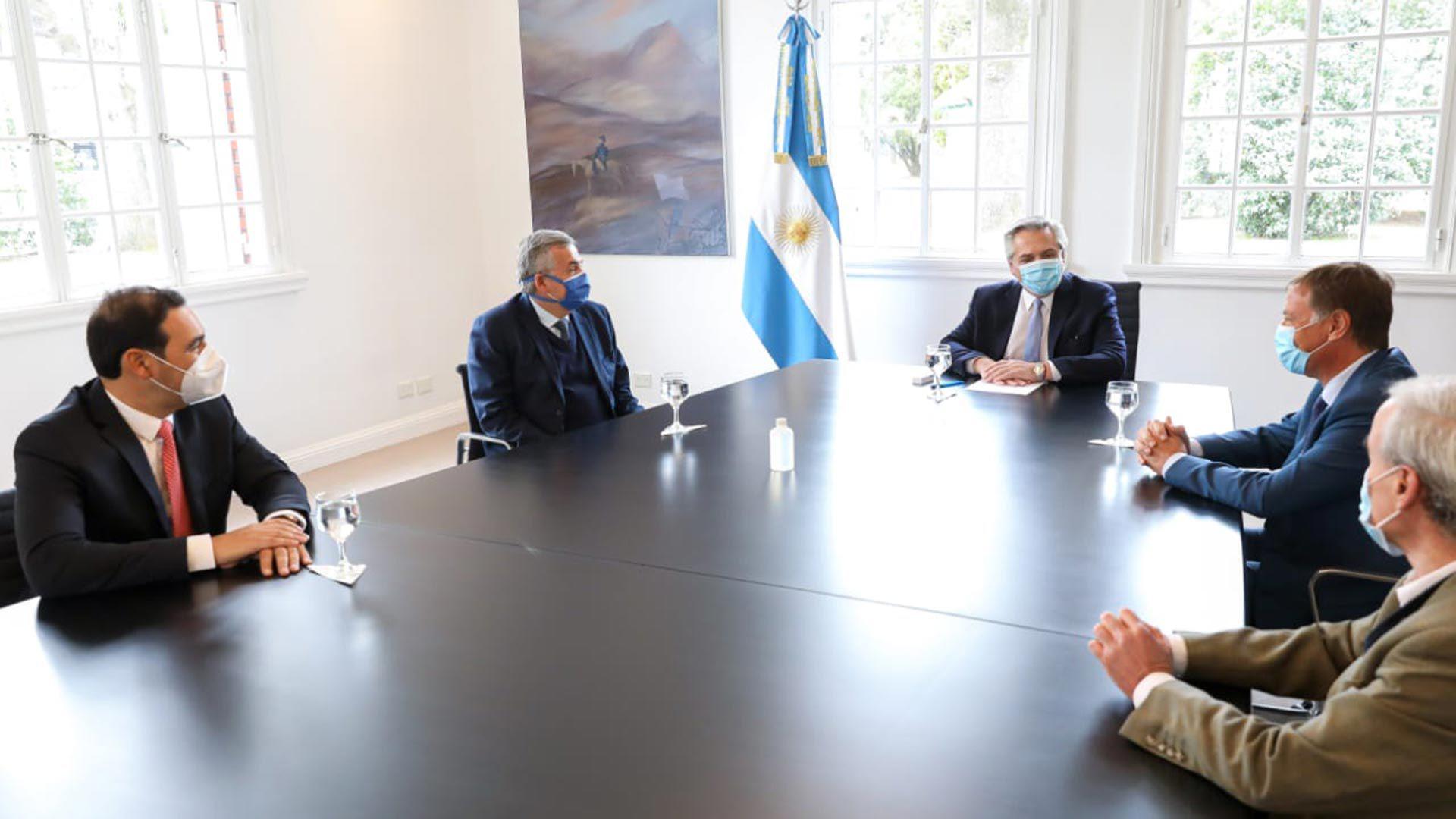 Alberto Fernández con gobernadores de JxC