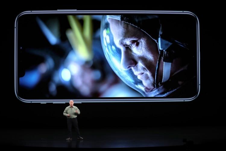 Phil Schiller, vicepresidente de Marketing global de Apple, durante la presentación de los nuevos iPhone (Justin Sullivan/Getty Images/AFP)