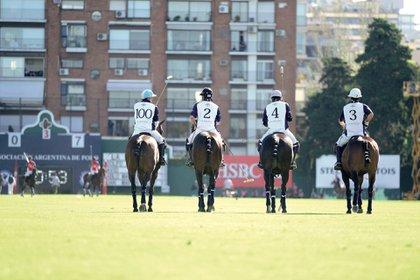 El equipo completo. Foto: Matías Callejo, Diego Soldini/GENTE