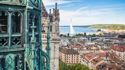 Ginebra es una de las tres ciudades europeas que forman parte del top 10 de ciudades más caras del mundo y empata en séptima posición Nueva York, con un WCOL de 100