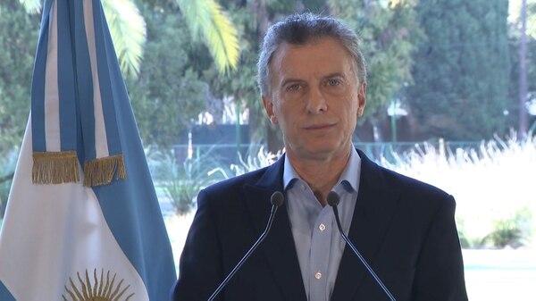 El presidente Macri durante el breve discurso en el que anunció que buscaría un nuevo acuerdo con el FMI