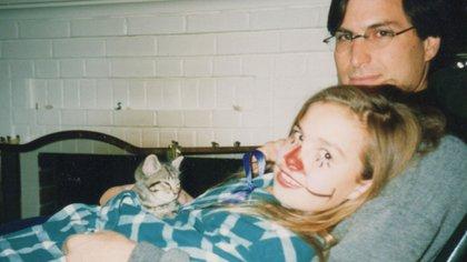 Steve Jobs con su hija Lisa. Con ese nombre bautizó a la Apple que nació en 1983.