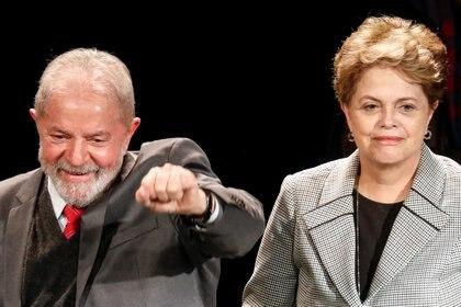 Lula da Silva y Dilma Rousseff in París, el 2 de marzo de 2020. REUTERS/Charles Platiau