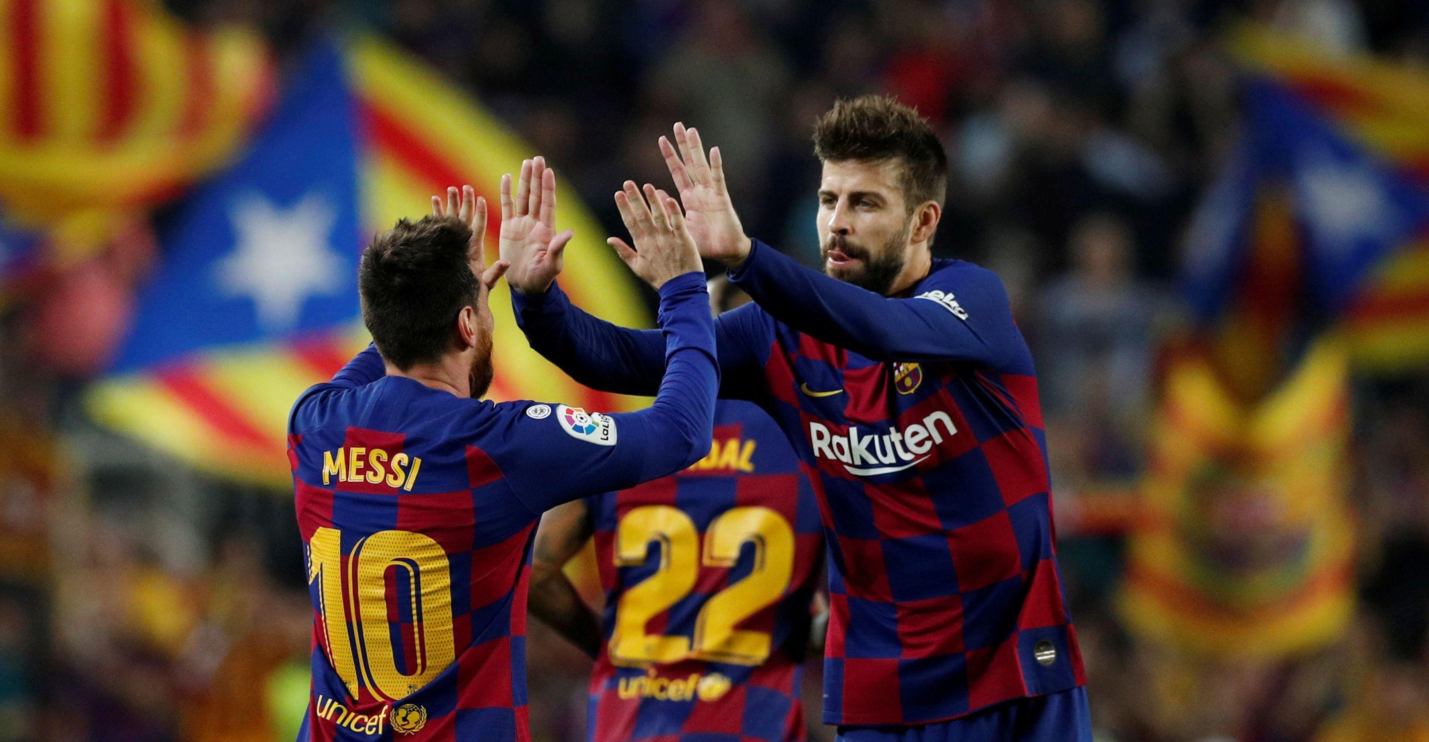 Piqué aseguró que Lionel Messi está contento en el Barcelona pero no confirmó que renovará su vínculo (Reuters)