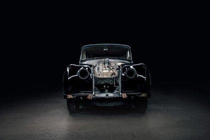 El Rolls-Royce Phantom V, ya con el motor eléctrico montado. (Lunaz Design)