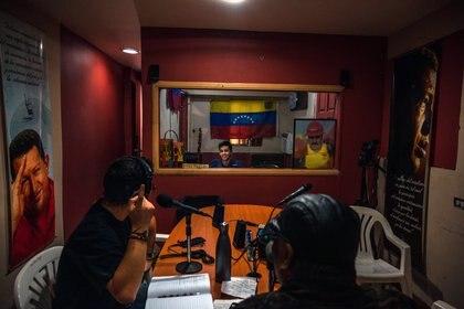 Estación de radio donde Osvaldo Rivero hace su programa de radio.(Adriana Loureiro Fernandez/The New York Times)