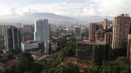 Gobernación de Antioquia confirmó que hay presencia de la variante británica y brasileña en el departamento