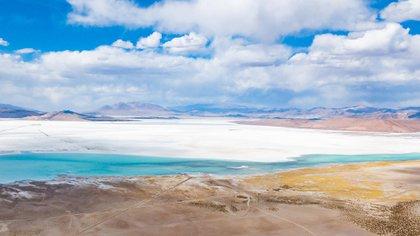 Los proyectos de inversión de litio a nivel local pueden representar un aporte relevante para las provincias de Catamarca, Jujuy y Salta, que albergan los recursos, en especial en las zonas donde se encuentran los salares.