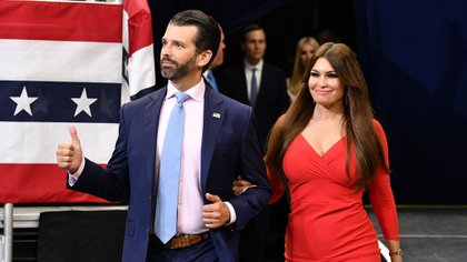 Kimberly Guilfoyle y su novio Donald Trump Jr