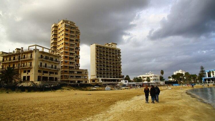 La localidad era mundialmente conocida por sus locales, discotecas y restaurantes (shutterstock)