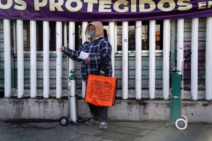 La Ciudad de México se ubica como la entidad con más fallecimientos acumulados por COVID-19, con 26,762 (Foto: Reuters / Toya Sarno Jordan)