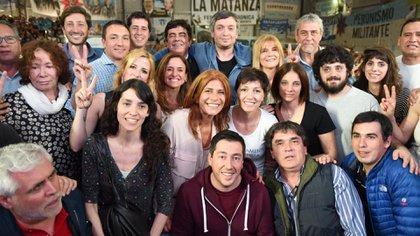 """La """"Cámpora"""", del mismo modo que lo hizo la Coordinadora con Alfonsín o los jóvenes de la UCD que acompañaron a Menem, se ubica en las tres secciones del electorado del Frente de Todos: originaria, el núcleo fuerte y los """"colados"""""""
