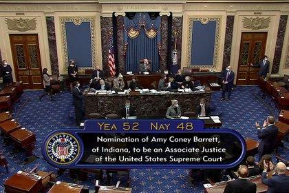 Foto del resultado final de la votación del Senado sobre la confirmación de Amy Coney Barrett como jueza de la Corte Suprema.