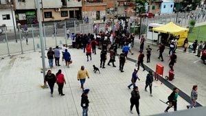 Batalla campal en el Ministerio de Desarrollo Social porteño frente a la mirada de la policía