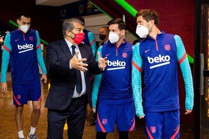 Los capitanes del Barcelona se reunieron con Joan Laporta (Prensa Barcelona)
