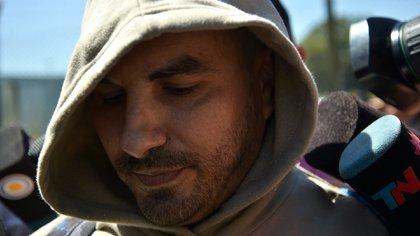 Fabián Tablado, minutos después de salir de la cárcel (Fotos: Gustavo Gavotti)