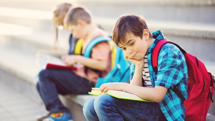 Uno de los problemas de salud más comunes en la espalda de los jóvenes es la escoliosis (Getty)