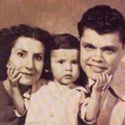Con la actriz Lili Inclán se casó en 1938. Tuvieron tres hijos: Raúl, Aurelia y José Luis (Foto: Twitter)