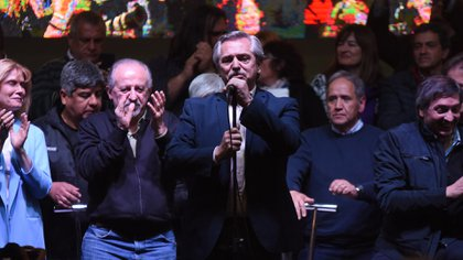 Verónica Magario, Pablo Moyano, Hugo Yasky, Alberto Fernández, Sergio Palazzo y Máximo Kirchner
