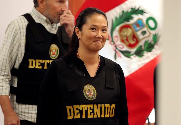 Keiko Fujimori en la corte tras su detención por lavado de dinero (REUTERS/Mariana Bazo)
