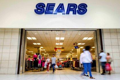 De acuerdo con la información recabada por Tec-Check, las quejas para Sears son alrededor de 27 (Foto: REUTERS/Maria Alejandra Cardona)