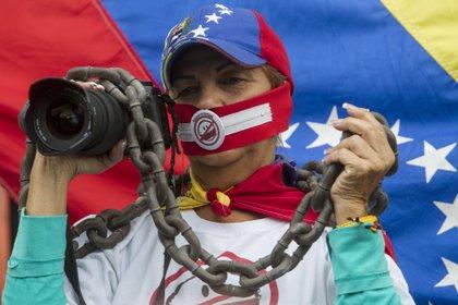 Entre los principales ataques sufridos por los comunicadores están las detenciones arbitrarias, los actos de hostigamiento y la censura de medios de comunicación. EFE /Miguel Gutiérrez /Archivo