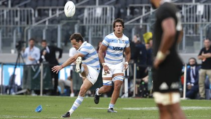 Nicolás Sánchez, la figura argentina ante los All Blacks (AP Photo/Rick Rycroft)