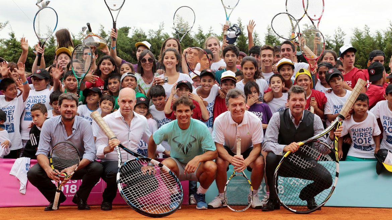 Mauricio Macri y Horacio Rodríguez Larreta junto a Matías Lammens, el tenista Rafael Nadal y Marcelo Tinelli, en el 2016 (Prensa GCBA)
