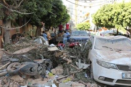 Los destrozos por la explosión (REUTERS/Aziz Taher)