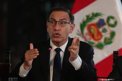 Imagen de archivo del expresidente peruano Martín Vizcarra.  EFE/Ernesto Arias/Archivo