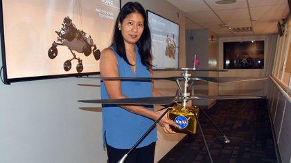 Mimi Aung, gerente del proyecto del Helicóptero Explorador Marciano (MHS) del Laboratorio de Propulsión de la Agencia Nacional Aeroespacial estadounidense (JPL-NASA), posa el 16 de julio de 2019, en Pasadena, California (Estados Unidos).  EFE/ Iván Mejía