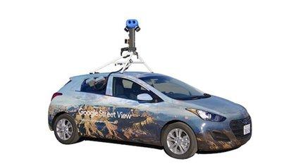 La vista en imagen real que muestra Street View procede de los coches de Google o dotados con cámaras, que no pueden llegar a todas partes, debido al clima o a la presencia de carreteras cortadas, por ejemplo.   10/11/2020 Coche de Google Street View. Recurso POLITICA INVESTIGACIÓN Y TECNOLOGÍA GOOGLE