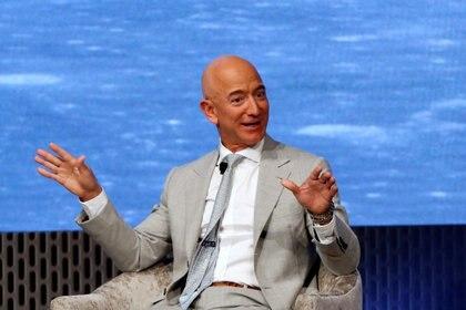 Jeff Bezos, el fundador de Amazon, ganó 25.000 millones de dólares desde que comenzó la pandemia.  REUTERS/Katherine Taylor.