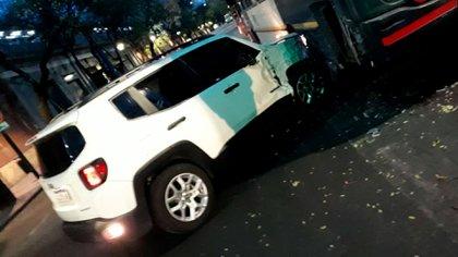 En un principio, la modelo sostuvo que su vehículo es negro y que no era ella la protagonista del accidente (@solotransito)