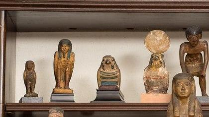 Algunas de las 600 figuras egipcias que pertenecieron al padre del psicoanálisis