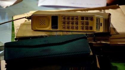 El teléfono que tenía Alicia en sus manos cuando la encontraron los bomberos (Nicolás Stulberg)