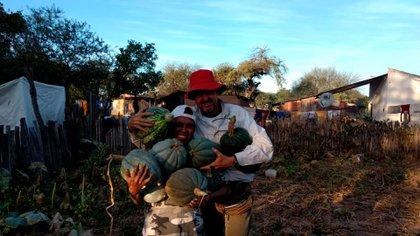Alec trabaja en el Chaco salteño desde 1979.