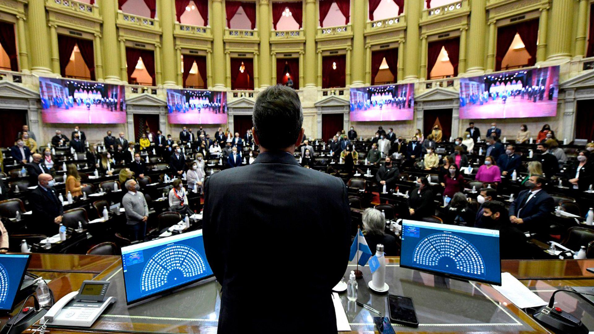 Sergio Massa homenajeó a Mario Meoni en la Cámara de Diputados